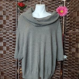 LOFT Top Sweater very nice
